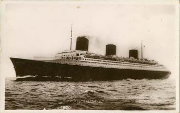 PAQUEBOT S.S. NORMANDIE - CARTE PHOTO ANGLETERRE GLACEE - EDITEUR ANONYME - Réf. SITE : ANGNBANOE 3-2 PSB