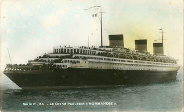 S.S. NORMANDIE - Carte postale Editeur Anonyme petit format glacée couleurs Réf. site : ANOCOG 4-R54-2
