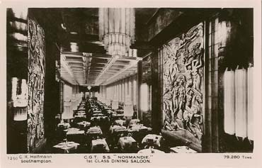 PAQUEBOT NORMANDIE - CARTE POSTALE GLACEE NOIR ET BLANC EDITEUR HOFFMANN - SOUTHAMPTON : C.G.T. S.S. `NORMANDIE` 1st CLASS DINING ROOM