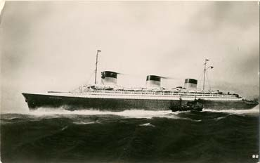 PAQUEBOT S.S. NORMANDIE - CARTE PHOTO ANGLETERRE GLACEE - EDITEUR : REAL PHOTOGRAPHS - LIVERPOOL - Réf. SITE : REALE 1-88 PSB