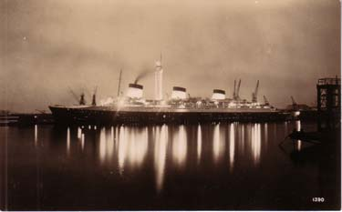 PAQUEBOT S.S. NORMANDIE - CARTE PHOTO ANGLETERRE GLACEE - EDITEUR : REAL PHOTOGRAPHS - LIVERPOOL - Réf. SITE : REALE 2-1390 PSB