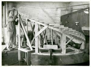 S.S NORMANDIE - S.P.C.N (Société Provençale de Construction Navale) - Photo 1 - Modèle d`hélice en construction