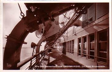 PAQUEBOT S.S NORMANDIE - Carte postale glacée Editeur TITO BLOC-FRERES Réf. TITOG P-5-6-1 PSB