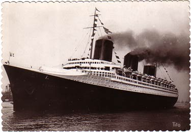 S.S NORMANDIE - CARTE POSTALE TITO GRAND FORMAT GLACEE BORDS DENTELES 7-2
